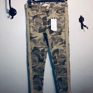 ZARA ladies CAMO skinny ankle cropped denim jeans